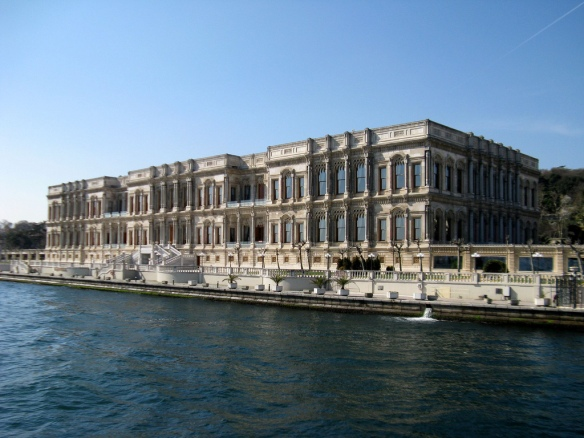 Дворец Долмабахче | гид и переводчик в Стамбуле | Tvoygid.com
